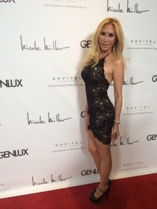 ABC and Comedy Central Actress @genilux Magazine red Carpet