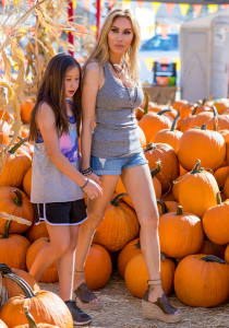 Tess Broussard and Ava spotted at the Pumpkin Patch